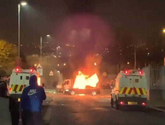 Irlanda de Nord: O jurnalistă a murit în timpul protestelor violente