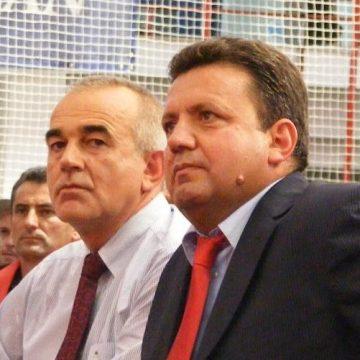 Mehedinți: Bărbat încătușat în urma unei sesizări a primarului Stăncioiu