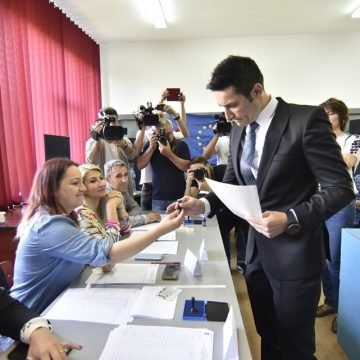 Liderii PSD Dolj, la vot