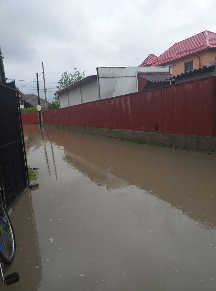 Inundaţii în Craiova şi Târgu Jiu