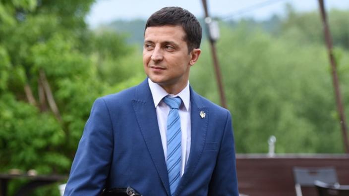 Preşedintele Ucrainei dizolvă Parlamentul de la Kiev
