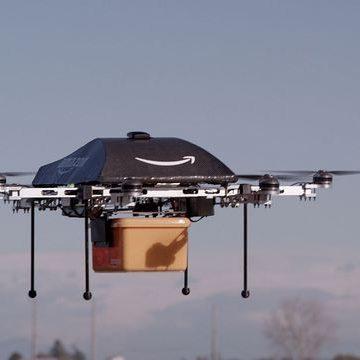 """Amazon va începe livrarea coletelor cu ajutorul dronelor """"în câteva luni"""""""