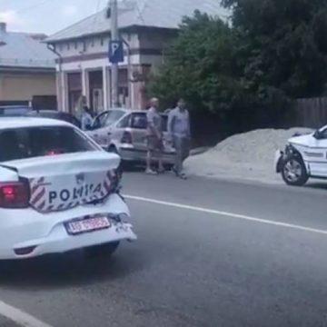 UPDATE/Maşini noi de Poliţie, facute praf în Balş. Poliţistul vinovat, amendat