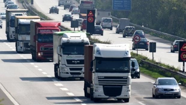Guvernul nu mai are bani să le restituie transportatorilor supraacciza la motorină