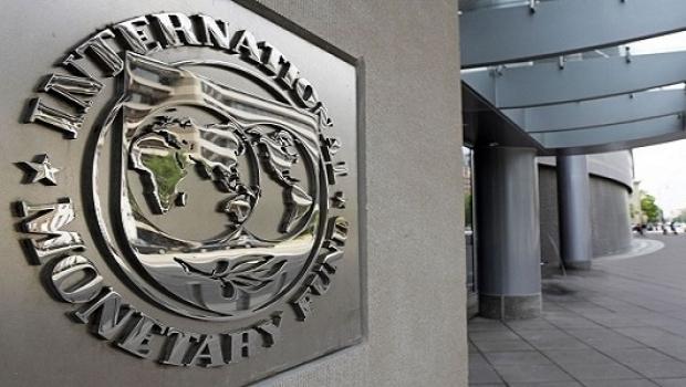 FMI avertizează: România trebuie să mute cheltuielile dinspre salarii şi pensii spre investiţii
