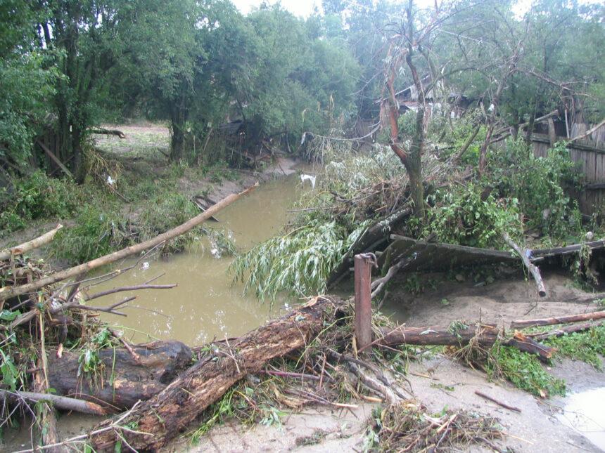 Mehedinți: A început verificarea barajelor