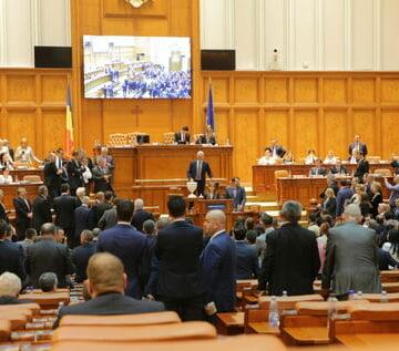 PSD depune moțiune de cenzură, sprijinit de UDMR