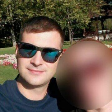 Poliţist împuşcat în cap