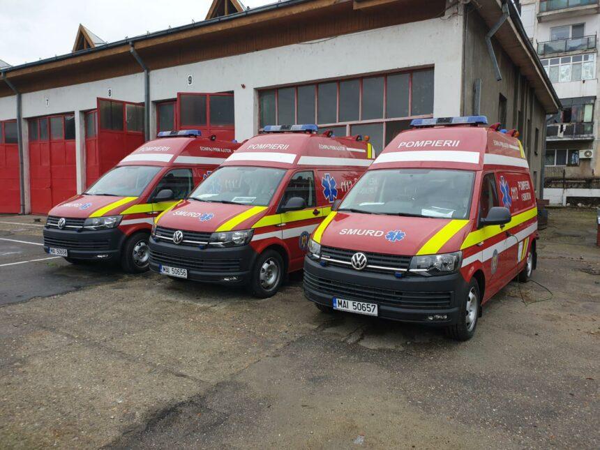 """Mehedinți: Trei ambulanțe SMURD noi, de tip B, în dotarea ISU ,,Drobeta"""""""