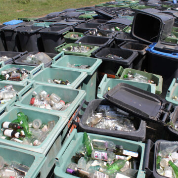 Vâlcea. Comuna Vlădești, locul I pe județ la colectarea deșeurilor reciclabile