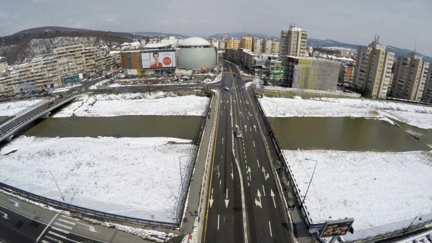 """Râmnicenii se pregătesc de iarnă: """"Când vine zăpada să nu spunem că nu avem utilaje"""""""