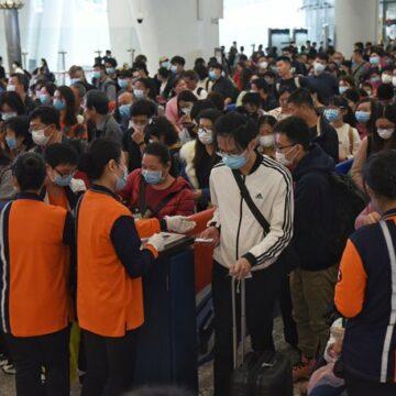 Bilanțul virusului ucigaș din China crește dramatic: 56 de morți și peste 2.000 de oameni sunt infectați
