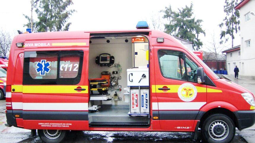 Vâlcea. Ambulanța cu terapie intensivă mobilă, nefuncțională din pricina lipsei de personal