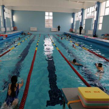 """Bazin de înot pentru elevi, funcțional, la """"Carol I"""""""