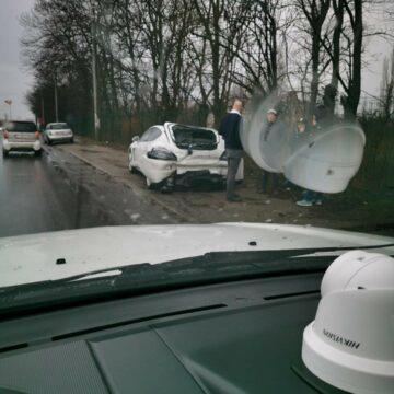 Panamera avariat de un autocamion