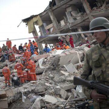 România e pregătită să acorde asistenţă Turciei în cazul cutremurului care a făcut peste 1000 de victime