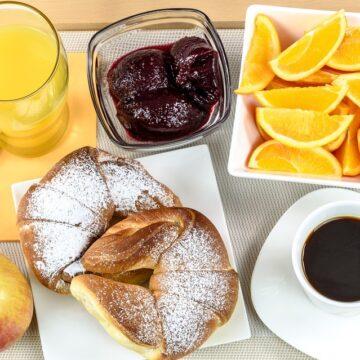 7 alimente pe care nu trebuie  să le consumi niciodată pe stomacul gol