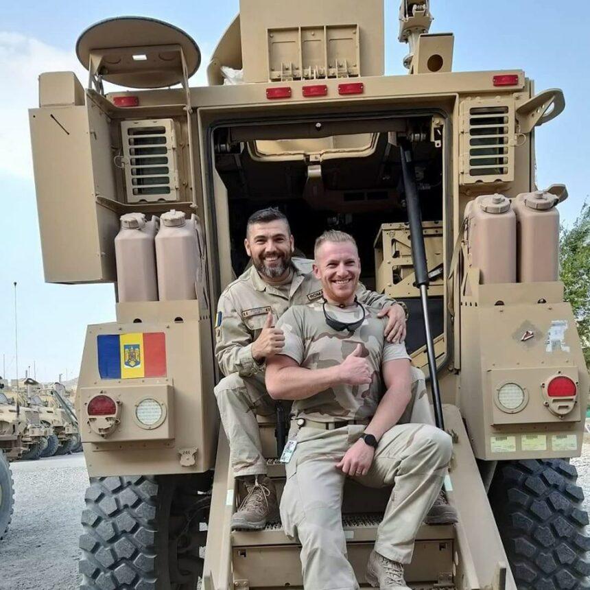Întorși cu bine din Afganistan, doi jandarmi vâlceni au fost medaliați