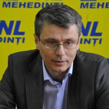 Liberalul Popescu își pune oamenii în funcțiile cheie din județ, după bunul său plac
