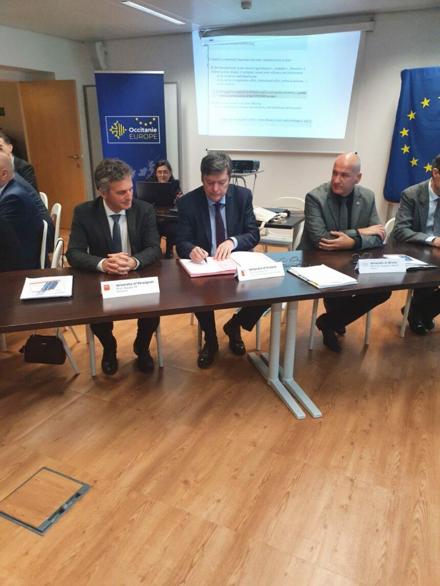 Universitatea din Craiova, membră în consorţiul european UNIVERS