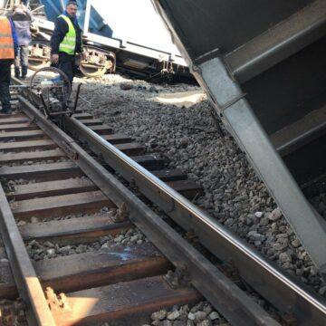 Accident feroviar în Olt. Traficul ar putea fi reluat pe un fir