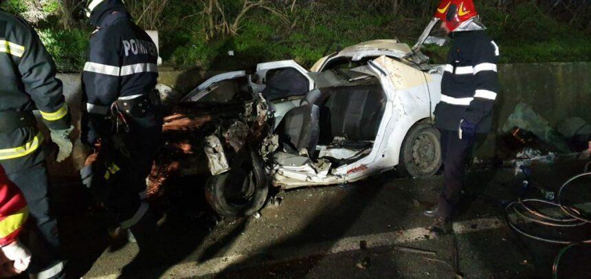 Patru tineri, ucişi în accident la ieşirea din Balş