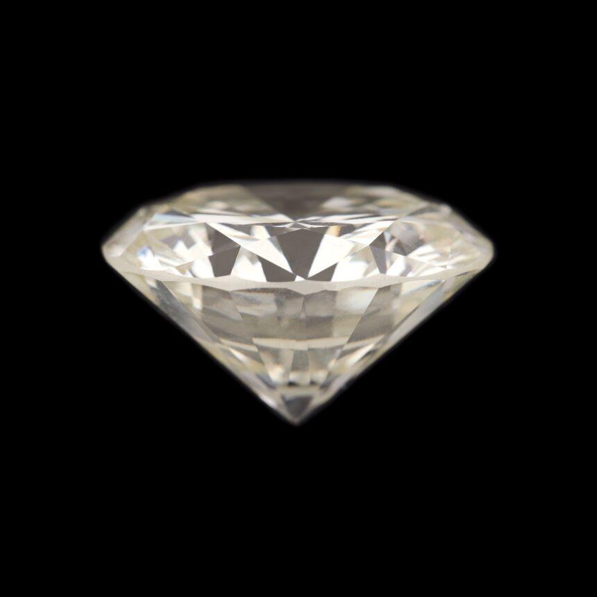 Cel mai mare diamant din România, la Craiova