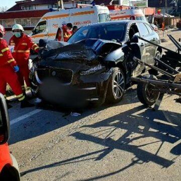 Olt. Accident rutier la Găneasa. Două persoane au ajuns la spital